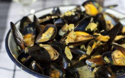 Mussels with Saffron & Cream