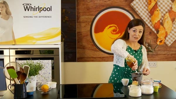 Whirlpool 'Sensing the Difference' with Catherine Fulvio Chocolate Mug Cakes